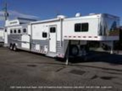 2018 Elite Living Quarters 4 horses