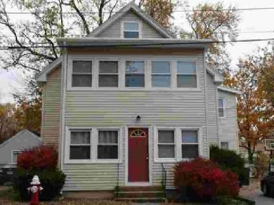 61 Suffolk St Bellingham Four BR, Be in your new home for the