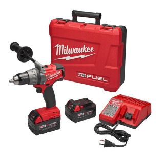 Milwaukee M18 FUEL 18-Volt Cordless Lithium-Ion Brushless 1/2 in. Drill/Driver Kit