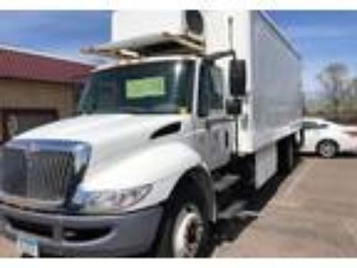 2004 International DuraStar-4300-Refrigerated-Truck Truck in Fridley, MN