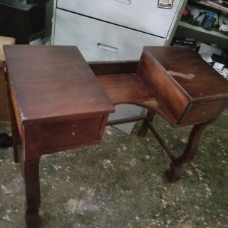 Antique wooden vanity table