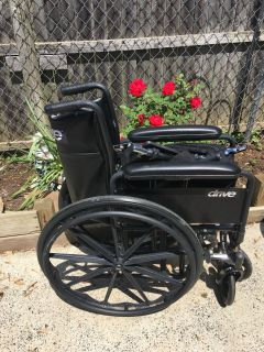 Wheelchair with legs