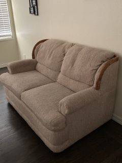 Nice comfy loveseat couch - excellent condition! pet free home! non-smoking home!