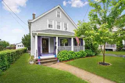 60 West Center Street BEACON Four BR, In , this is an immaculate