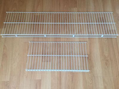 6 Pieces of Wire Closet Shelving!