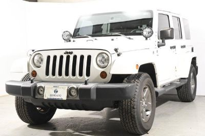 2012 Jeep Wrangler Unlimited Sahara (Bright White)