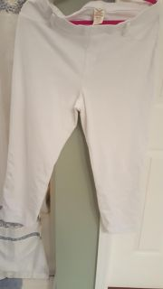 Faded Glory brand white green jeggings. XL 16/18. Gallatin