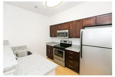 Beautiful Owings Mills Apartment for rent. Parking Available!
