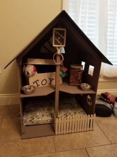 Dog/Cat Bed or doll house Must go today