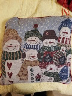 Snowman pillow. A bit musty from storage - could use a tumble in the dryer to fluff up.
