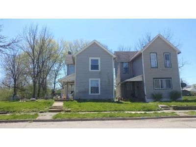2 Bed 1 Bath Foreclosure Property in Springfield, OH 45506 - W Liberty St