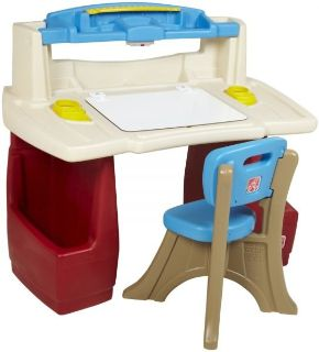 Step 2 Toddler desk with/ chair