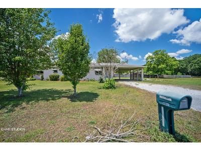 3 Bed 2 Bath Foreclosure Property in Cantonment, FL 32533 - S Highway 97
