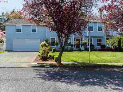 2331 SW Hartley Ave Gresham Five BR, Incredible Home w/a Formal
