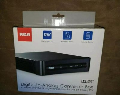 RCA Digital-to-Analog Converter Box Black w/ Remote Controll -xposted