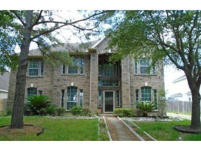 5 Bed 3.5 Bath Preforeclosure Property in Richmond, TX 77407 - Wooded Lake Ln