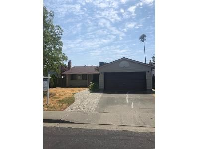 3 Bed 1 Bath Foreclosure Property in Fairfield, CA 94533 - Meadowlark Dr