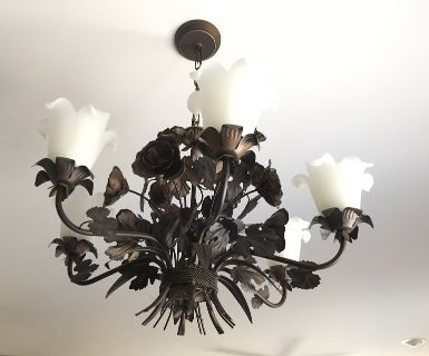 *RARE* ELK Lighting Circeo Collection Rustic Shabby Chandelier, Roses & Glass!!