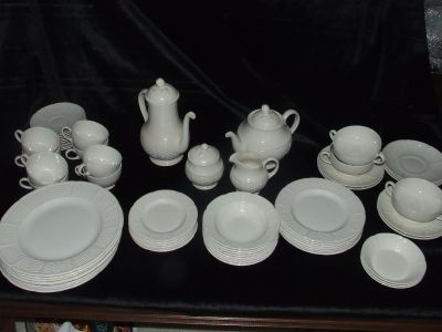 """Vintage WEDGWOOD CHINA """" WILLOW WEAVE """""""