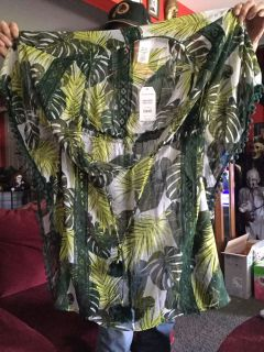 Beautiful leaf designs lightweight shirt or cover-up fits small to 2x new with tagsNumber one