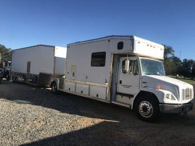Toter Home & wildside stacker liftgate trailer