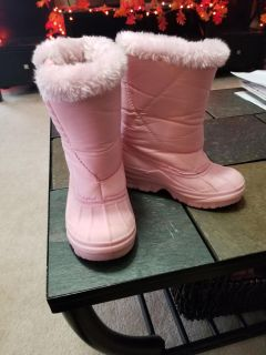 Snowboots size 12 like new