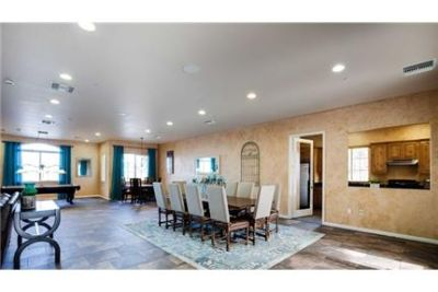 El Centro, $1,125/mo - come and see this one.