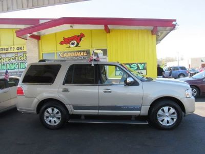 2008 Lincoln Navigator Luxury (Gold)