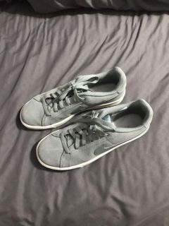 Nike Court Royale sneakers, size 8