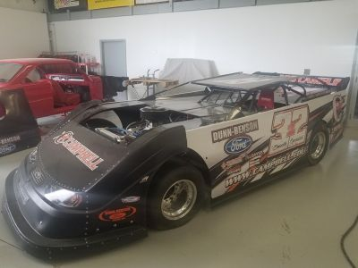 Mastersbilt Smack Down Chassis with Roush/Yates 362 Engine T