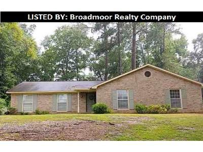 4 Bed 2 Bath Foreclosure Property in Columbus, GA 31906 - Steam Mill Rd