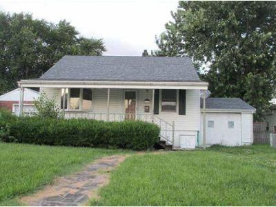 2 Bed 1 Bath Foreclosure Property in Dundalk, MD 21222 - W Woodwell Rd