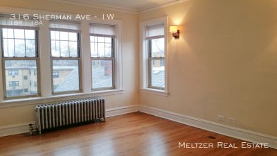 **Beautiful, large, Sunny Apartment! Heat & Storage Included! AVAILABLE 9/7