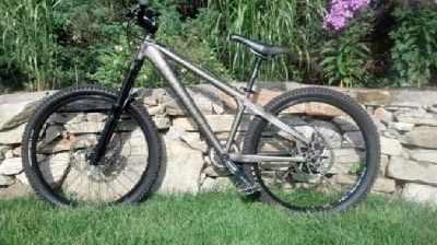 $700 OBO Jamis Komodo 2.0 Mountain Bike