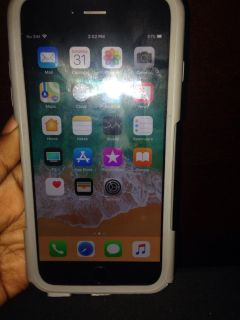 Sprint iPhone 6 Plus great condition comes with charger and case