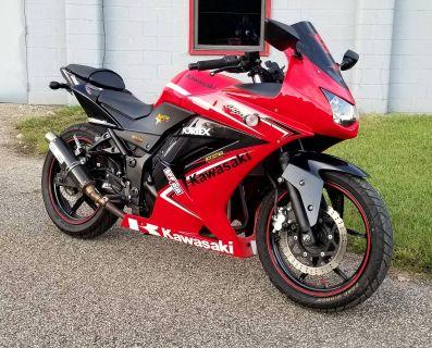 2012 Kawasaki Ninja 250R Sport Motorcycles Brilliant, OH