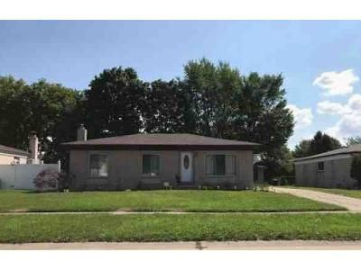 3 Bed 1 Bath Foreclosure Property in Sterling Heights, MI 48313 - Mclean Dr