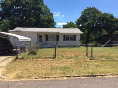 2 Bed 1 Bath Foreclosure Property in Oklahoma City, OK 73130 - Loftin Dr