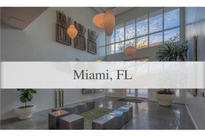 1 bedroom Apartment - Beautiful Loft 2 building for 1 person/couple, furnished. Parking Available!