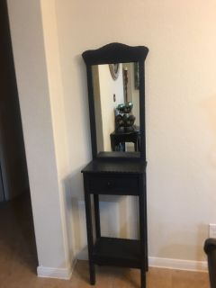 Entry Stand with Mirror