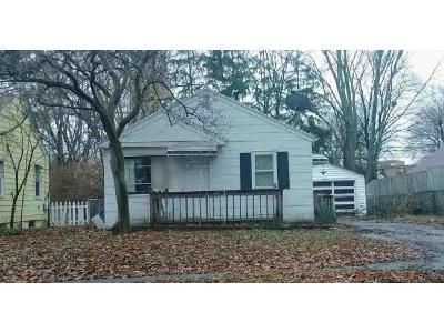 2 Bed 1 Bath Foreclosure Property in Lansing, MI 48910 - Dunlap St