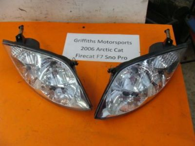 Sell 06 05 04 ARCTIC CAT FIRECAT F7 EFI 700 f5 f6 headlights r l headlight w bulbs motorcycle in North Adams, Michigan, United States, for US $88.00