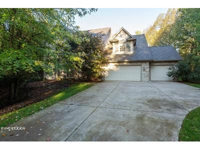 7 Bed 5 Bath Foreclosure Property in Richland, MI 49083 - Walden Park Ln