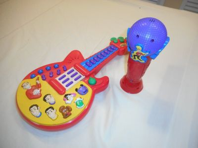 Wiggles guitar and microphone