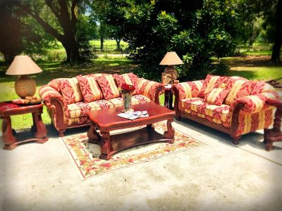 Simply stunning Wood and Fabric 6pc living room set suite