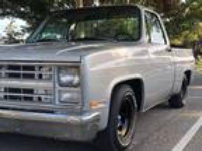 1986 Chevrolet C10 Silverado Pickup 358Ci 425HP 5.7 Liter V8