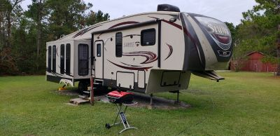 2014 Palomino Sabre 5th wheel 33CKTS RV Travel Trailer