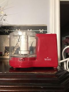Red Rival mini chopper used once works great I just got ninja for Christmas POM