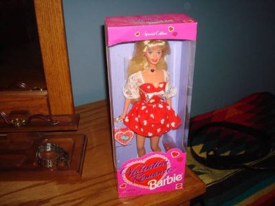 1996 NEW in Original Box Valentine Romance Barbie Special Edition