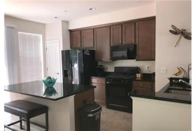 Townhouse in great location. Single Car Garage!